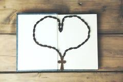 Cross necklace heart