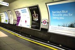 Cross StPancras国王的地铁站在伦敦 库存照片