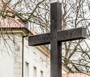 Cross to commemorate the dead of the First World War. In front of the castle in Fallersleben Stock Photo