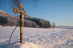 Cross in winter Royalty Free Stock Images