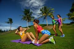 Crossfit de formação do exercício Fotografia de Stock