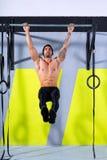 Crossfit palec u nogi zakazywać mężczyzna Ups 2 zakazują trening Zdjęcie Stock