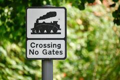 Crossing No Gates sign Royalty Free Stock Images