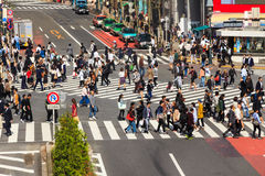 Crossing the Shibuya crosswalk Royalty Free Stock Photography
