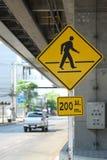 Crosswalk 200 metrów Zdjęcia Royalty Free