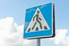 Crosswalk road sign Royalty Free Stock Photography