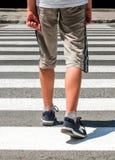 crosswalk Voetganger op weg royalty-vrije stock foto's