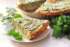 Crostata dell'acetosa con il formaggio di capra Immagini Stock Libere da Diritti