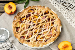 Crostata pie with peaches and cinnamon Stock Photography