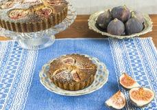 Crostate al forno domestiche della mandorla e del fico Fotografie Stock Libere da Diritti