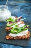 Crostini de pain de Rye avec Photos stock