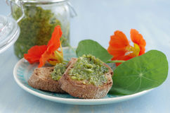 Crostini with indian cress pesto Royalty Free Stock Photography