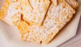 Crostoli, bonbon italien typique Image stock