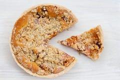 Croustillant frais cuit au four de rhubarbe Photographie stock libre de droits