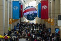 Crowd at Chicago Auto Show