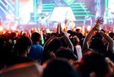 Free Crowd Clap Or Hands Up At Concert Stage Lights Stock Photos - 110058433