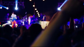 Crowd_concert_singer (scena blured) zdjęcie wideo