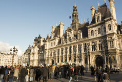 The crowd of parisians and tourists in front of town hall of Par Stock Image