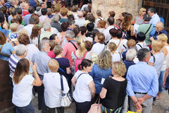 Crowd of spectators near the Arena of Verona entrance Royalty Free Stock Photos