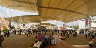 Crowd under Decumano tensile membrane structure, EXPO 2015 Milan Stock Image