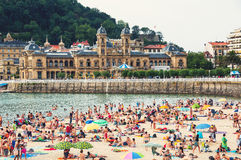 Crowded beach of San Sebastian Royalty Free Stock Images