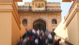 Crowded entrance of The Amer Fort at Jaipur, India royalty free stock photos