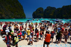 A crowded Maya beach. Phi Phi islands. Krabi. Thailand Royalty Free Stock Photos