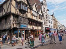 Crowded pedestrian shopping street, Oxford, Royalty Free Stock Photos