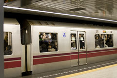 Crowded subway train in Tokyo Royalty Free Stock Photos