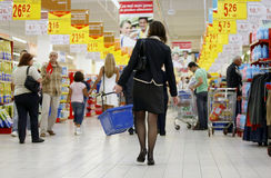 Crowded supermarket royalty free stock images