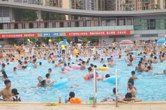 Crowded swimming pool Royalty Free Stock Photos