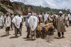 Crowded weekly markent in a village, Etiopia Royalty Free Stock Image