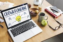 Crowdfunding货币业务电灯泡图表概念 库存照片