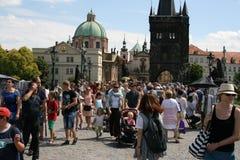 _crowds Карлова моста Стоковые Изображения RF
