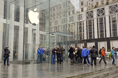 Crowds of customers outside Apple Store in New York pre-ordering the Apple Watch Stock Images