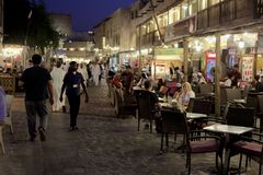 Crowds at night in Doha souq Royalty Free Stock Photos