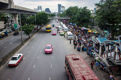 Crowds of people head for Chatuchak market Royalty Free Stock Photos