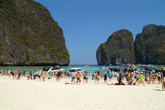 Crowds of visitors enjoy a day trip at Maya Bay Royalty Free Stock Photography