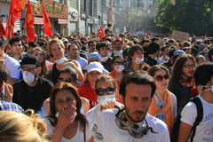 Crowds walk on Istiklal. ISTANBUL - JUN 1: Violence sparked by plans to build on the Gezi Park have broadened into nationwide anti government unrest on June 1 Royalty Free Stock Photos