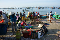 Crowed atmosphere at seafood market on beach Royalty Free Stock Photography