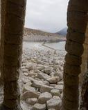 Crowley-Spalten sind erstaunlich und schön, geschaffen durch vulkanischen Felsen lizenzfreies stockbild