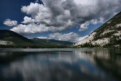 crowsnest refleksji nad jeziorem Zdjęcie Stock