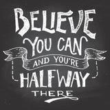 Croyez que vous pouvez main-lettrage de motivation illustration de vecteur