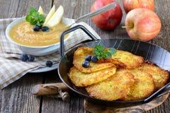 Crêpes de pomme de terre Photos libres de droits