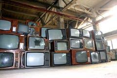 CRT TV en almacén Imágenes de archivo libres de regalías