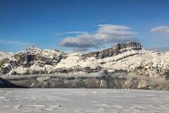 Crête alpine en hiver Photographie stock libre de droits