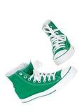 Cru arrêtant les chaussures vertes Images stock