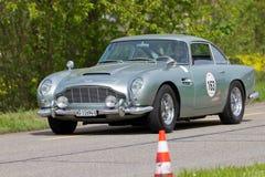 Cru Aston Martin DB4 avantageuse de 1962 Photographie stock