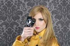 Cru superbe de femme de journaliste d'appareil-photo de la mode 8mm Photos libres de droits