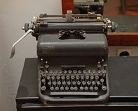 Cru Typewritter image stock